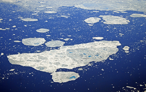 ExxonMobil begins probing Arctic with Rosneft