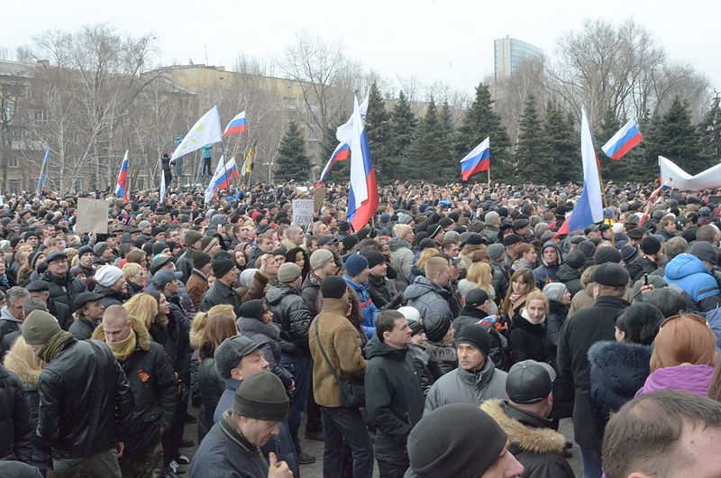 Russian protesters dismiss the statements from Kiev