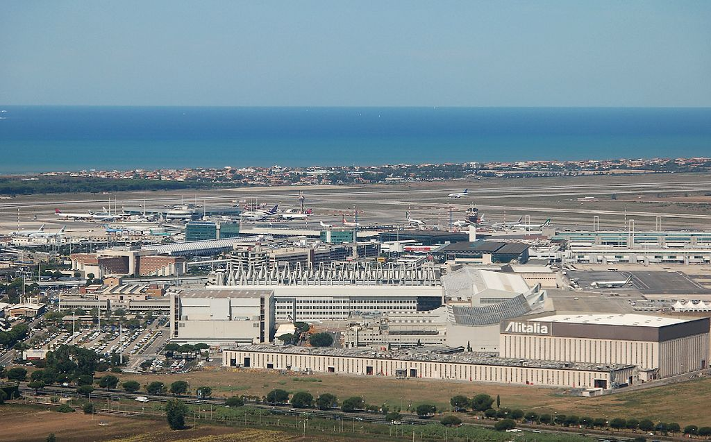 Plane diverts to Rome after Ebola scare
