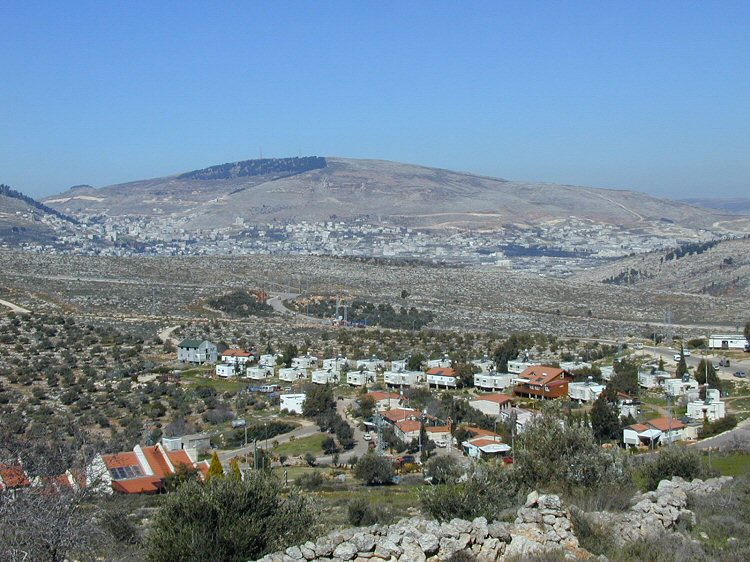 Israel moves to apply laws in Jewish settlements in West Bank
