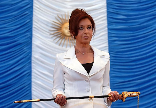 Cristina Fernandez first twit reaction to 'Iran plot' claim; Nisman to Congress next week