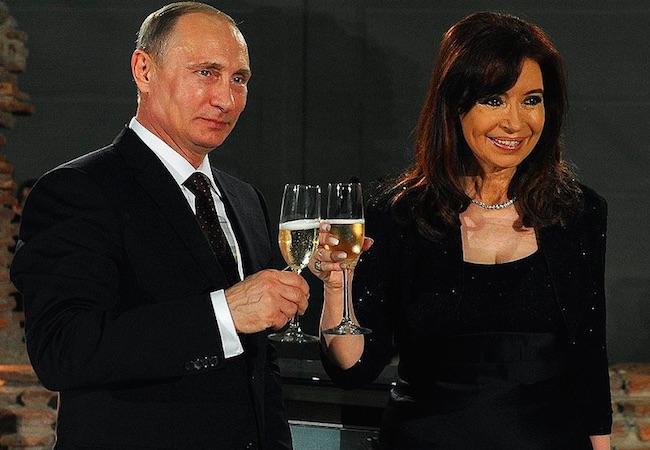 Cristina Fernandez will visit her close new friend Putin on April 22/23