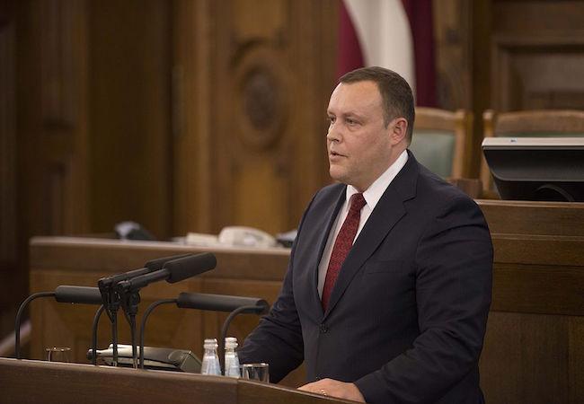Latvia to build 90 km fence along Russian border