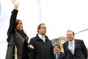 Cristina Fernandez cancels trip to G20 summit and joins Scioli's presidential campaign