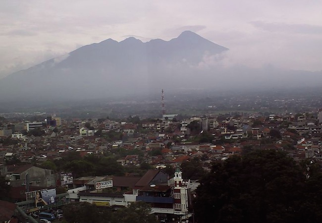 RRI Bogor launched its market radio program