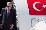Turkish President Erdogan visits India, supports Kashmiri cause