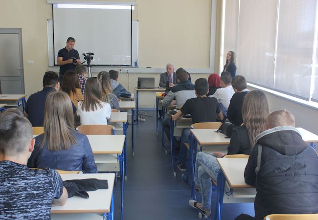 Kazimieras Simonavičius University welcomes IUT Professor of Communications